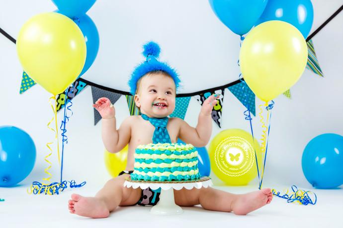 24_nathaniel_cake_smash_birthday_photos_atlanta_ga_photographer