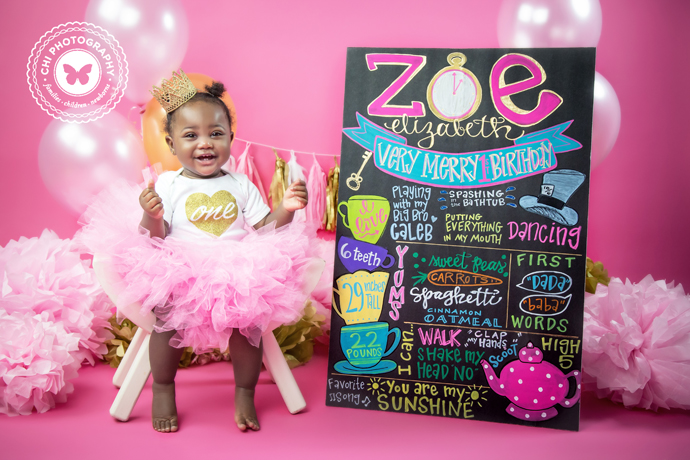 11_atlanta_cake_smash_birthday_photos_photographer_zoe11
