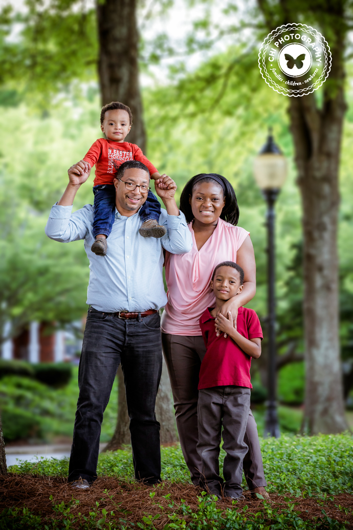 atlanta_family_photos_ga_photographer_village_green_smyrna_sharif_27