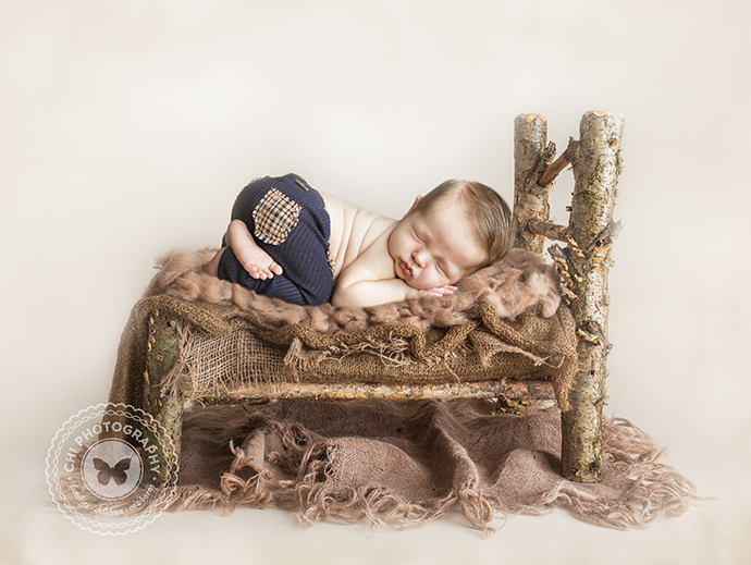 01_acworth_atlanta__alpharetta_newborn_photographer_asher_bed