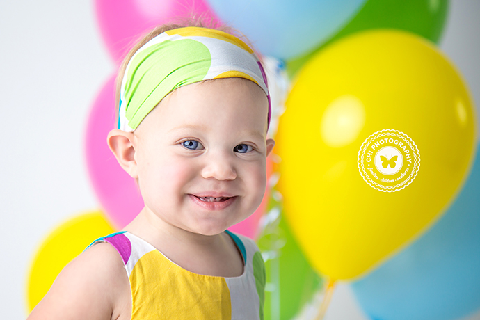 IMAGE: http://chiphotographyofatlanta.com/wp-content/uploads/2017/01/acworth_marietta_cake_smash_birthday_photographer_harbor16.jpg