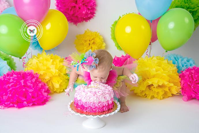 IMAGE: http://chiphotographyofatlanta.com/wp-content/uploads/2017/01/acworth_marietta_cake_smash_birthday_photographer_harbor44.jpg